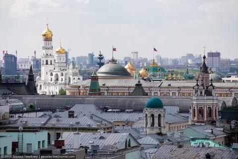 Две высоты в Москве: Империя и Детский мир