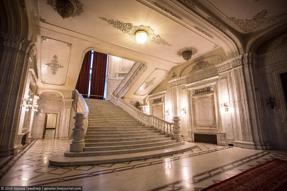Самое большое административное здание в мире