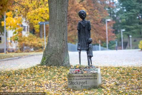Равенсбрюк — женский концлагерь нацистов