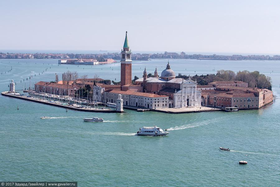 Сколько стоит прогулка на гондоле в Венеции