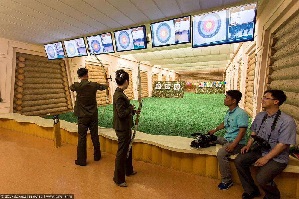 Как развлекаются северокорейцы Часть, Северной, Корее, Кореи, Пхеньяне, Северокорейские, часть, фотографий, аттракционов, Корея, Северная, Понравилась, развлекаются, стороны, Демилитаризованная, прикрас, Жизнь, северокорейцы, Сувениры, очень