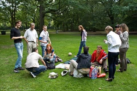 Отдых с друзьями в Тиргартене
