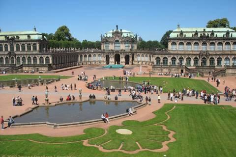 Архитектура, галерея и парад в Дрездене