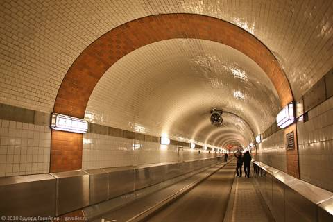 Старый туннель под Эльбой