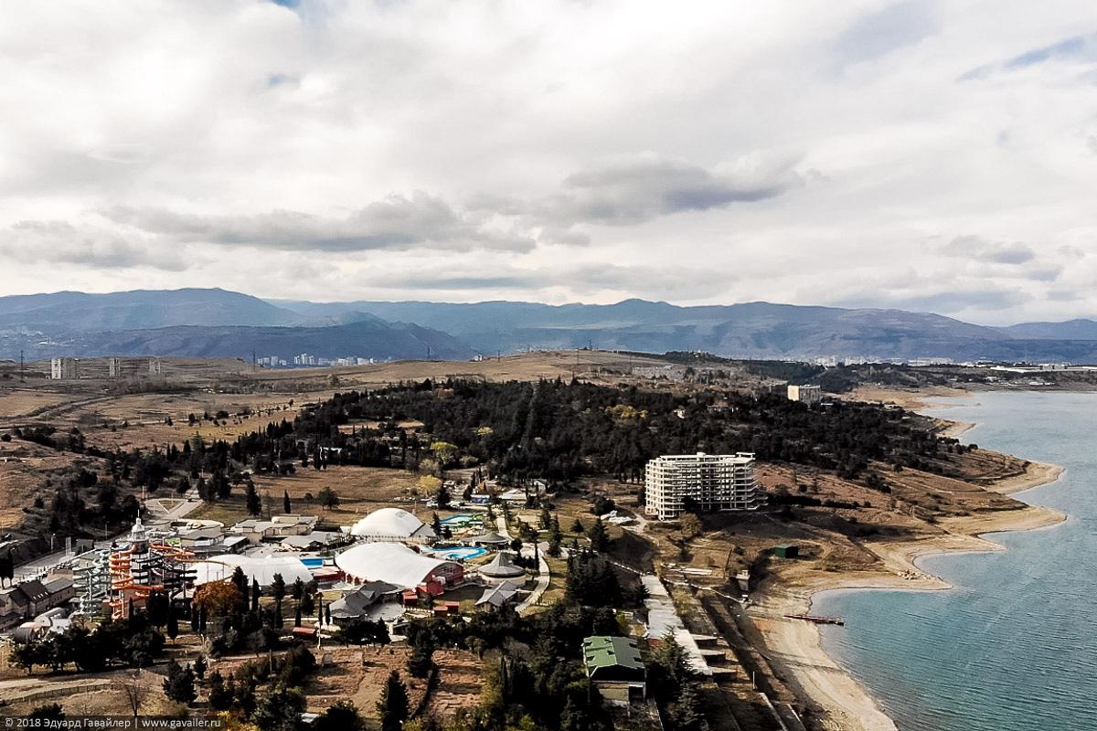 Аквапарк на Тбилисском водохранилище