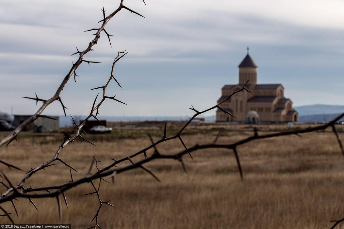 Храм в Грузии в ноябре